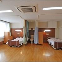 4人部屋 1